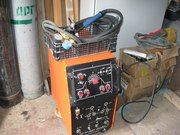 Аргонодуговой сварочник УДГУ-251 AC/DC б/у (+балон, редуктор, горелка, держатель, электроды)